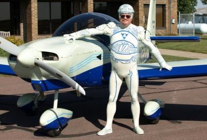 tron-guy-plane